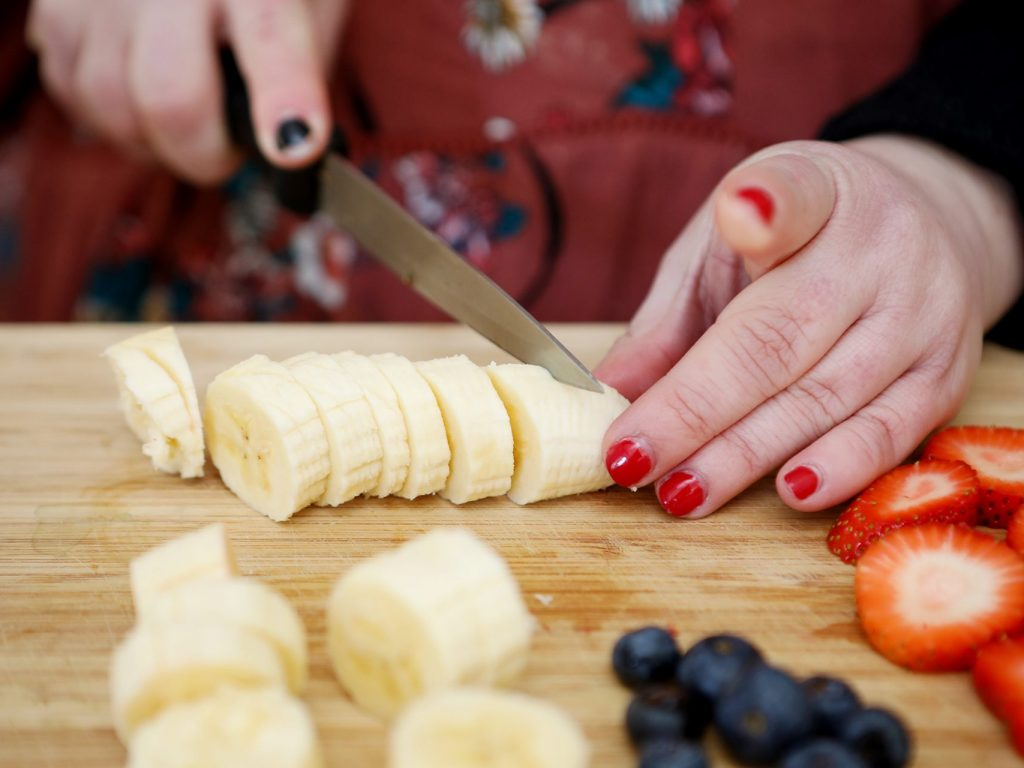 Lauren's easy healthy smoothie recipe thumbnail.